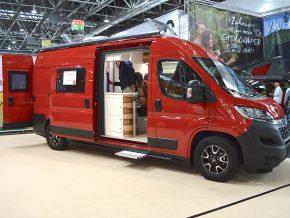 Clever Mobile Lions Van